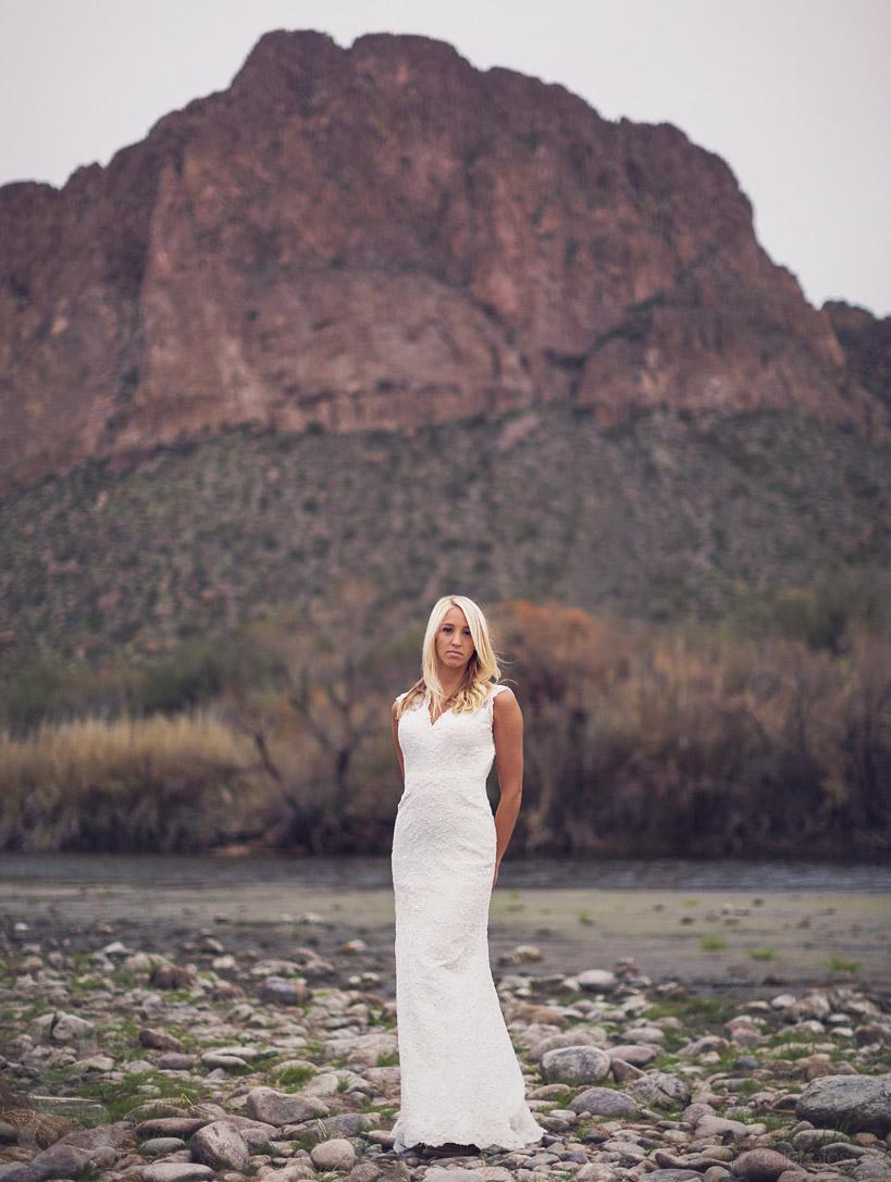 IMAGE: http://www.gillphotos.com/wp-content/uploads/2014/01/Mesa-Wedding-Photographer-in-Arizona-22.jpg